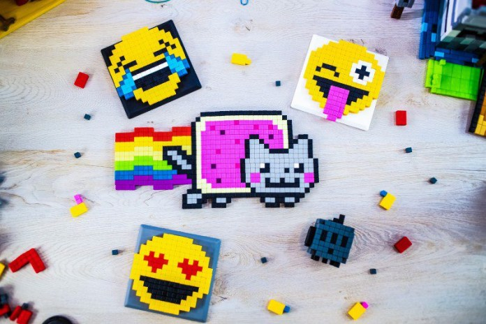 PIXL Kickstarter - Emojis Magnetic Building Blocks Antsy Labs