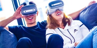 Shadow Creator Information Technology Co VR HTC VIVE Laughing Happy Smiling Couple