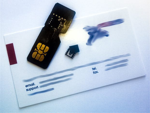 Embedded_SIM_from_M2M_supplier_Eseye_with_an_adapter_board_for_evaluation_in_a_Mini