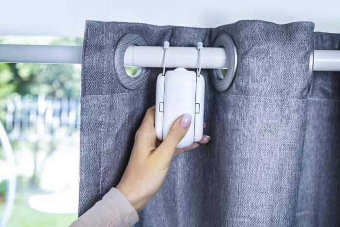 SwitchBot Curtain