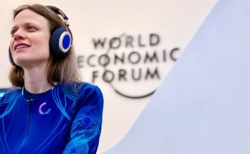cutecircuit soundshirt music fashion tech sound clothing shirt world economic forum wef crop
