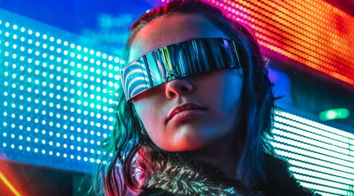 5G Smart City Hyperconnectivity IoT Cyberpunk Woman Photo Futuristic Visor Outfit Style Night Urban