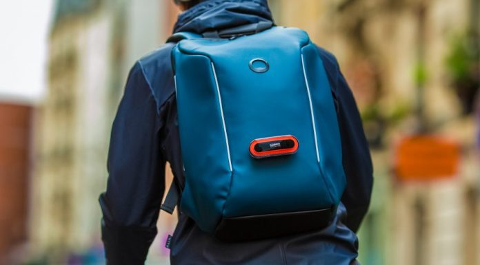 Merging Functionality and Style with the Securain Backpack Cosmo Connected Feature