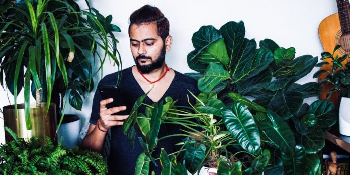 Taking Care of Your Flora Friends with Plant Parenthood Man Green Thumb Smartphone App