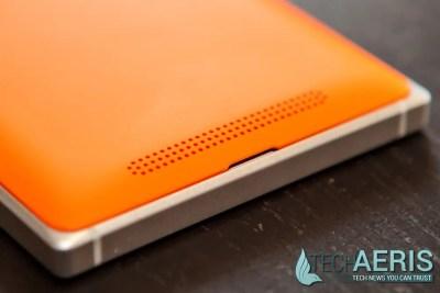 Nokia-Lumia-830-Speakers