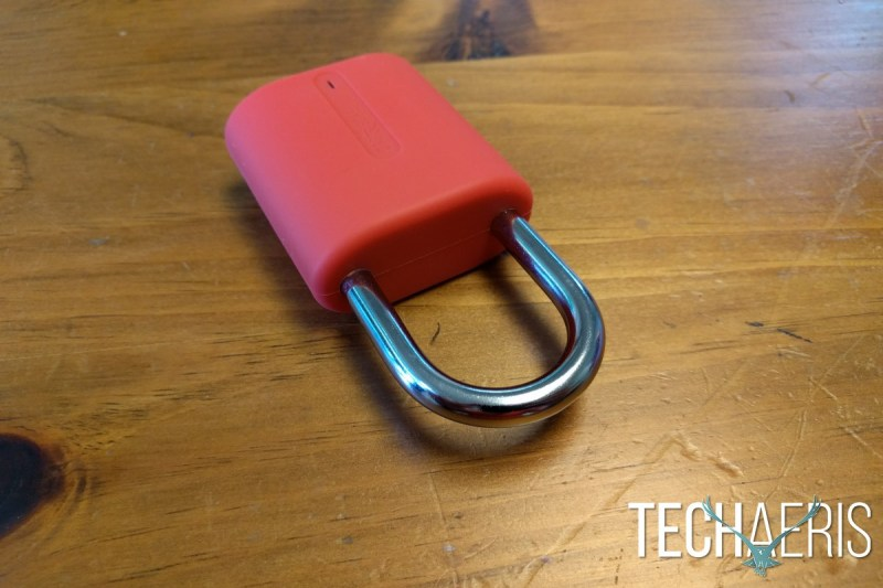 dog-bone-locksmart-mini-review-shackle