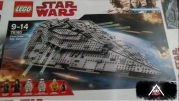 LEGO-Star-Wars-The-Last-Jedi-First-Order-Star-Destroyer