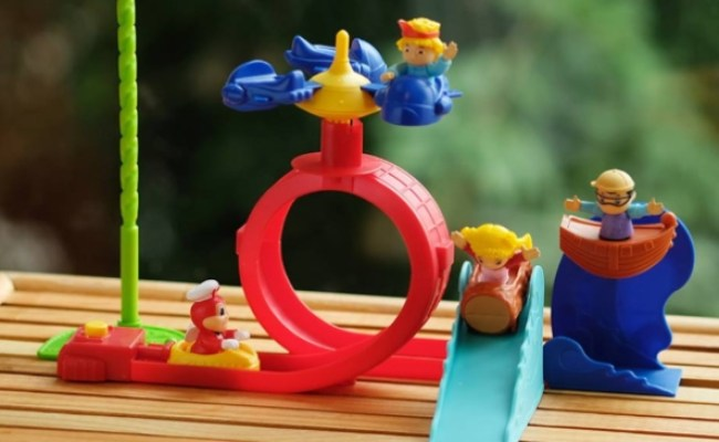 New Jolly Kiddie Meal Toys Let You Build Your Own