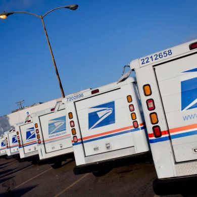 U.S. Postal Service truck routes will be taken over by self-driving trucks in a two-week pilot.