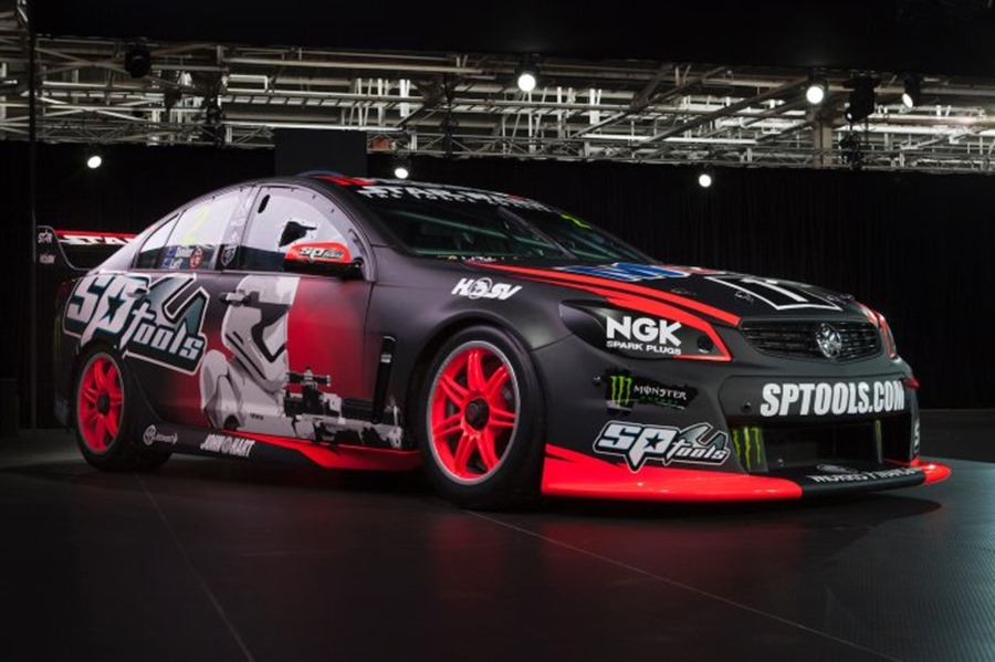 Three-time Bathurst 1000 champion, Garth Tander has revealed he has crossed to the dark side ahead of this year's Great Race, unveiling a menacing Star Wars: The Force Awakens livery for the Holden Racing Team Commodore V8 Supercar he and Warren Luff will share at Bathurst.HRT will hit Mount Panorama next month with two unique Star Wars: The Force Awakens designs, the first activation of a recently announced collaboration between Holden and The Walt Disney Company Australia and New Zealand.