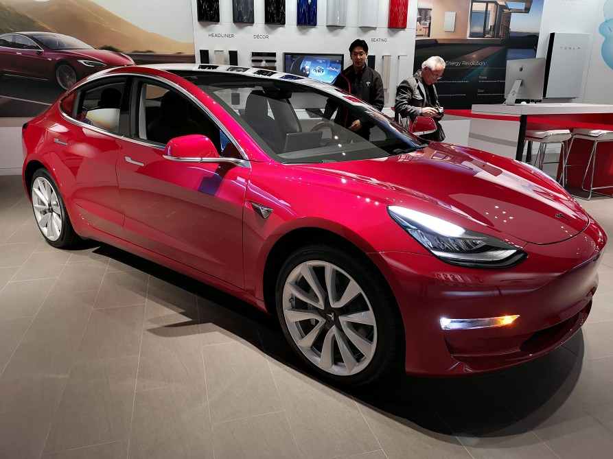 Tesla Model 3 is going on tour in Australia at ...