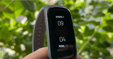 OnePlus Band Launched Fitness Band In India: Price And Specifications