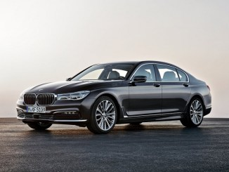 bmw-5-series-auto-driving-techblogcy
