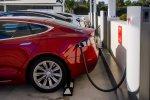 US Safety Regulators Go Hard On Tesla Over Lack Of Recall