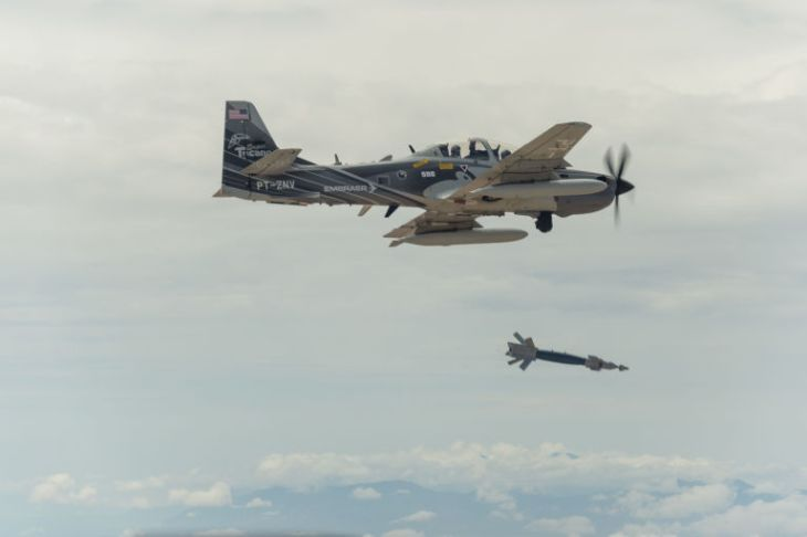 O A-29 usado pela Força Aérea dos EUA . (Foto: Força Aérea dos EUA/Divulgação)
