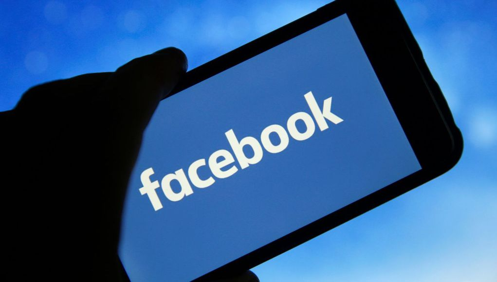 Facebook Will Count Journalists and Social Workers as Public Figures
