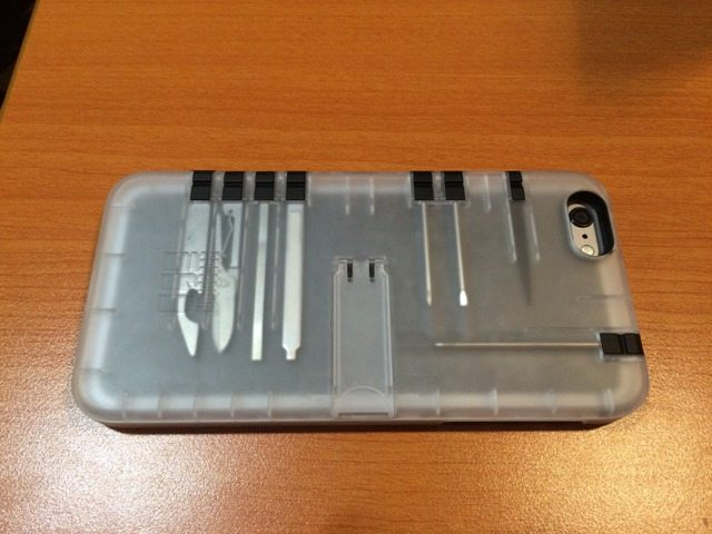 Hands On: IN1 Multi-tool Utility Case for iPhone 6+