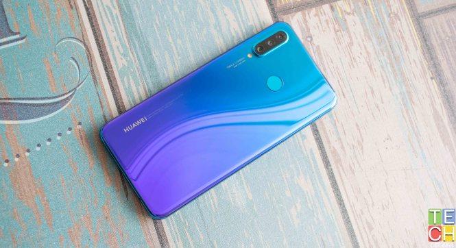Huawei P30 Lite de color azul