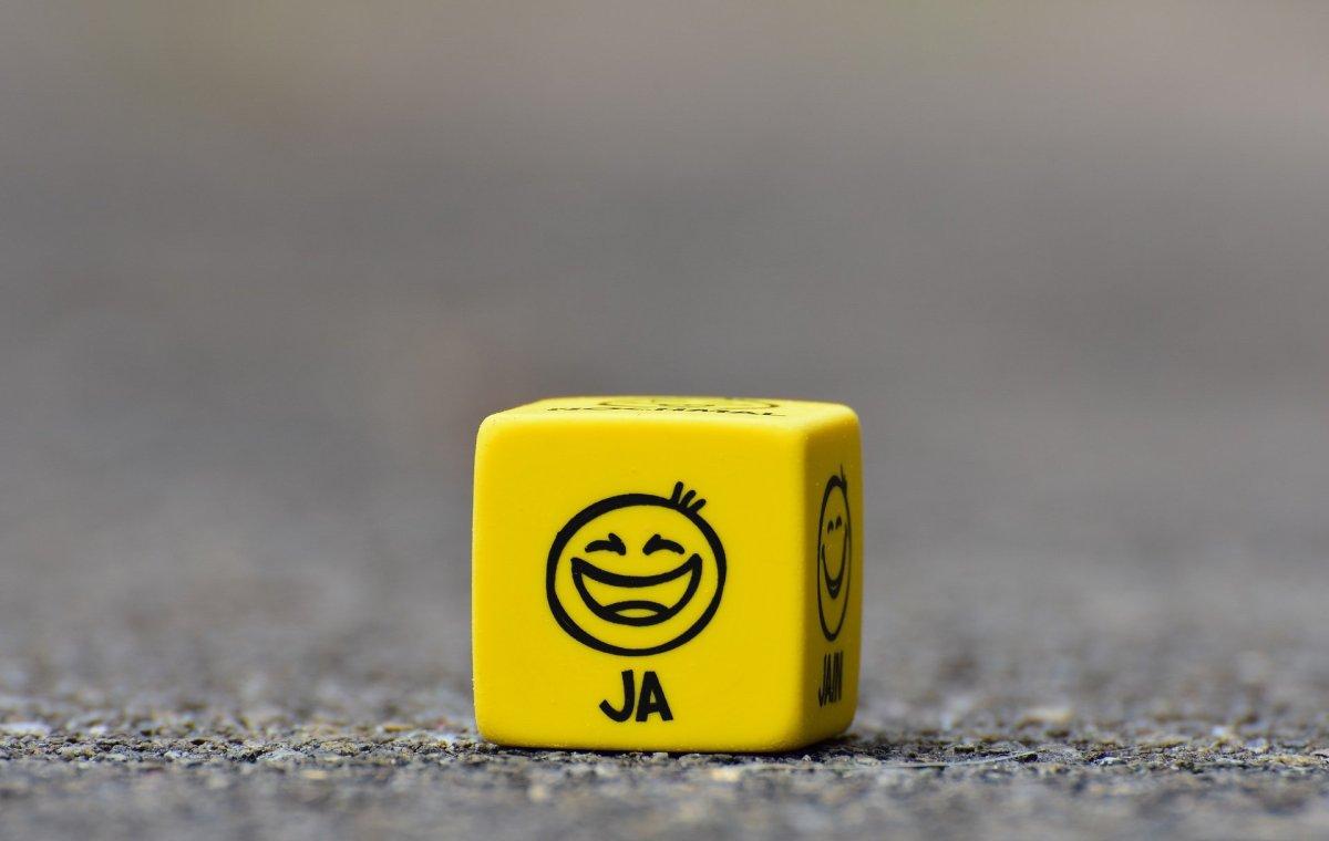 emoji yellow