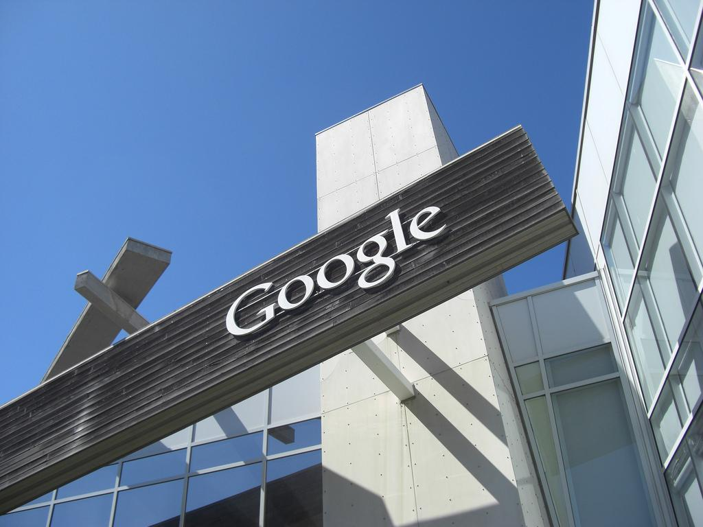 Google Could Launch Public Comments on Search Results
