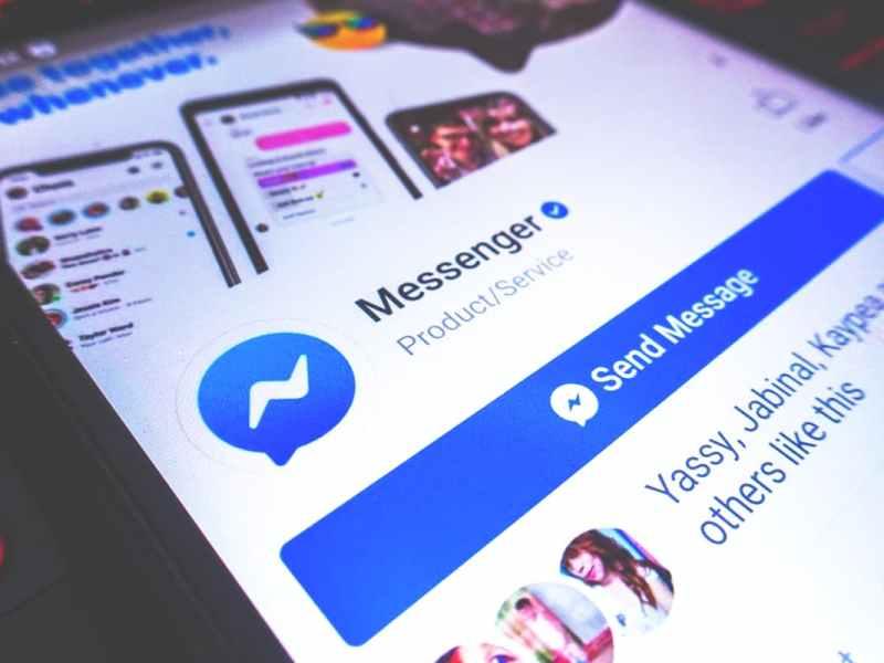 Turn on Dark Mode Facebook Messenger Emoji