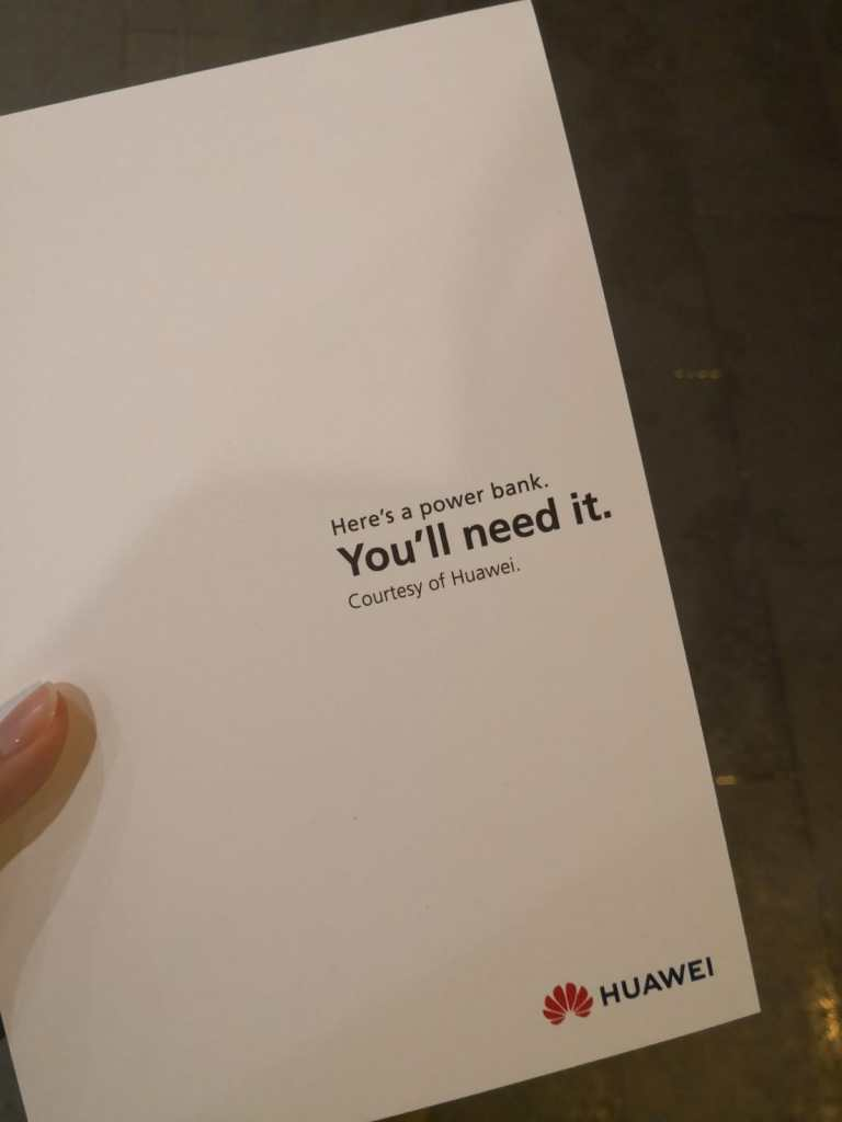 Note from Huawei to people queuing for the latest iPhone