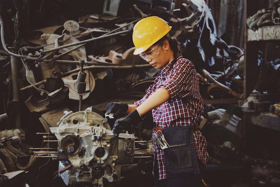 Synopsys and SAE International release a new study highlighting critical cybersecurity risks in the automotive industry