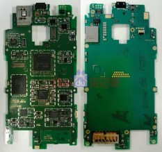 Nokia Lumia 928 teardown (3)