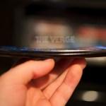 Το LG G Flex Ποζάρει Στη Κάμερα Δείχνοντας Τη Κυρτότητά Του