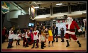 Santa also got the opportunity to learn some Bollywood moves, and made sure to get the crowd up dancing with him as well!