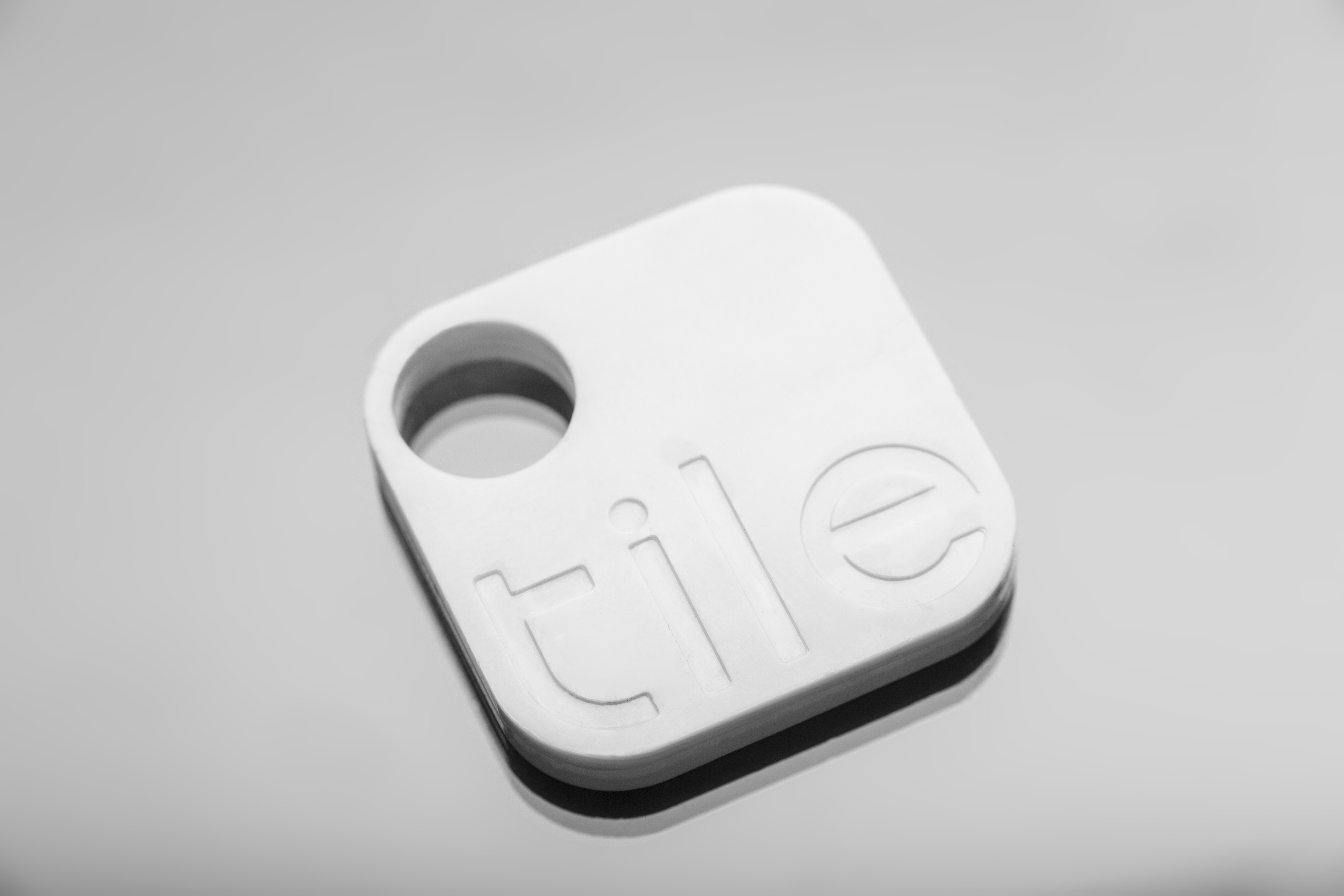 tile wants you to stop losing important stuff with its bluetooth tags plus app combo techcrunch