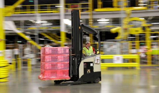 amazon fulfillment center warehouse