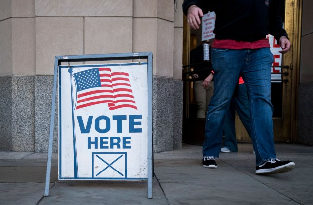 Internet titans ask for 'flexibility' with new election ad regulations