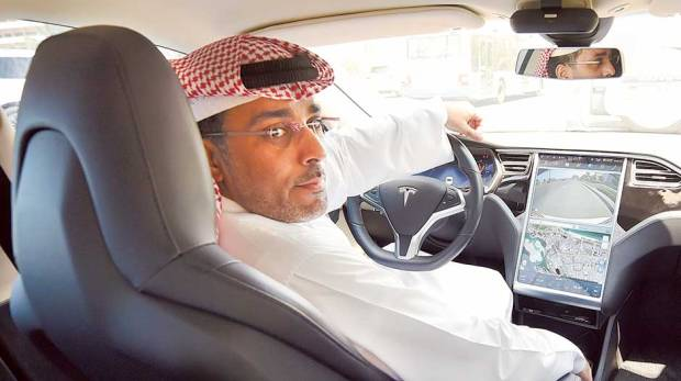 A private Tesla backed by Saudi Arabia might not be as far-fetched as you think