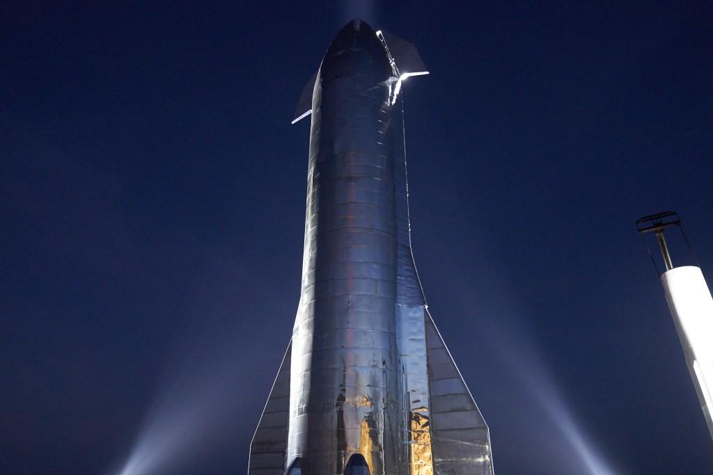 Starship Mk1 night