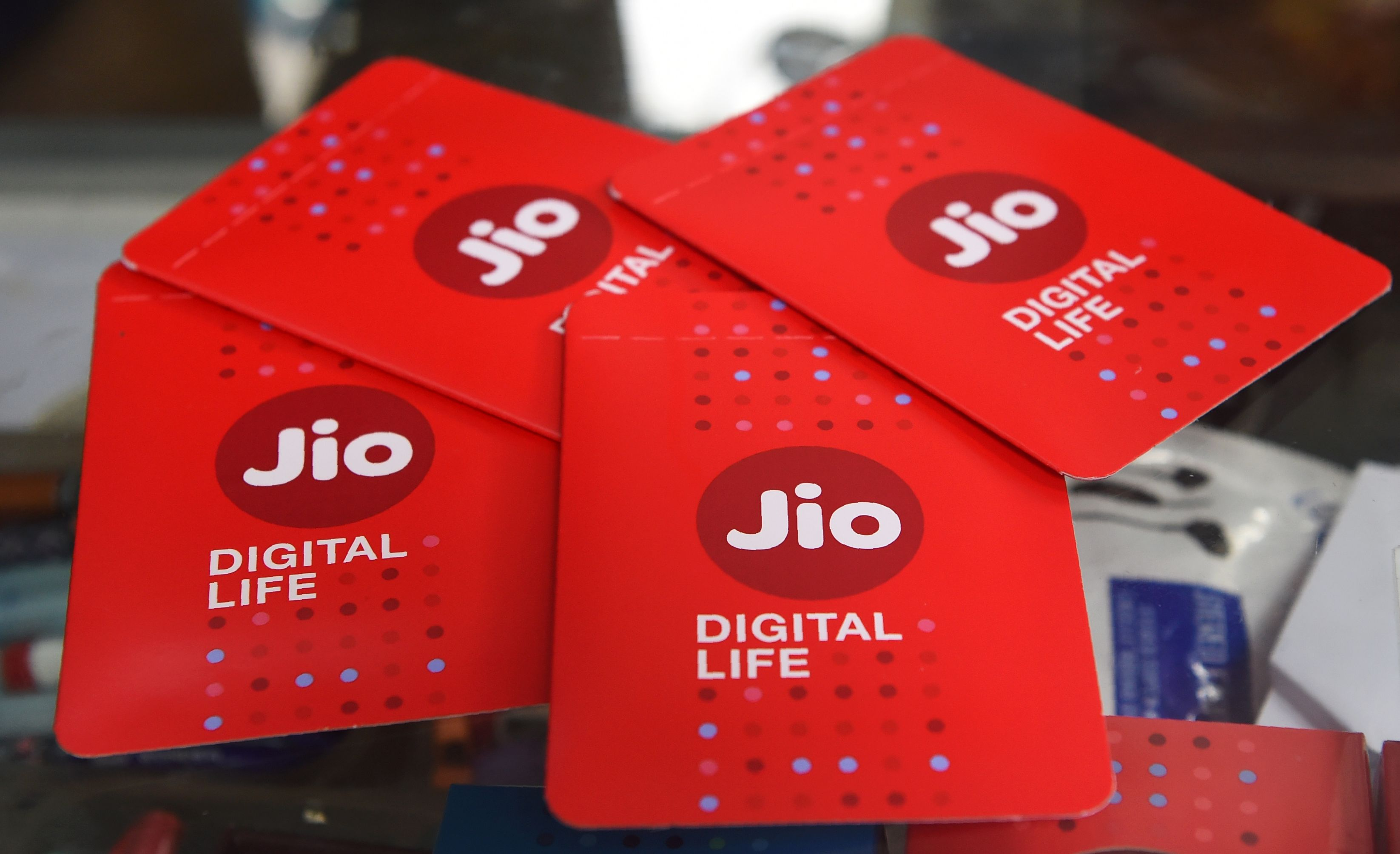 Photo of India's Reliance Jio Platforms to sell $250 million stake to L Catterton – TechCrunch