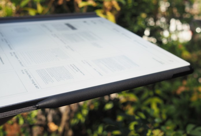Side view of the remarkable with stylus attached