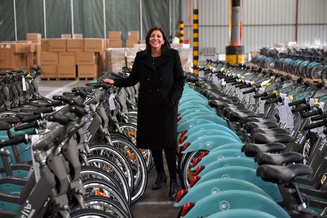 Paris Mayor Anne Hidalgo and Vélib' bikes