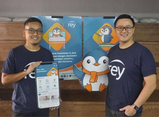 Rey Assurance co-founders Bobby Siagian and Evan Tanotogono