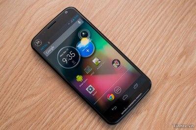 https://i0.wp.com/techdomino.com/wp-content/uploads/2013/07/x-phone-prototype-630.jpg?resize=400%2C266