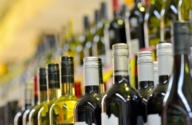 Украинцы стали пить больше отечественного алкоголя