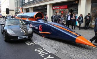 http---media.caranddriver.com-images-12q2-463852-bloodhound-ssc-show-car-with-porsche-911-996-generation-photo-463874-s-1280x782