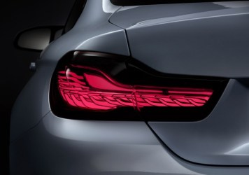 bmw-m4-concept-iconic-lights-2015-consumer-electronics-show_100495861_m