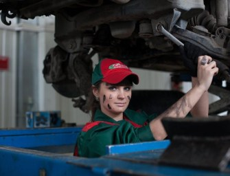 5 Questions You Should Ask a Mechanic Before They Get to Work