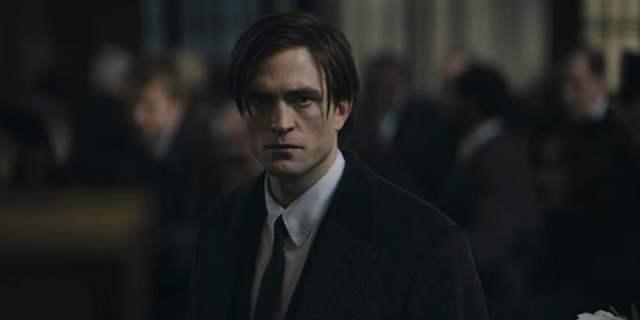 Robert Pattinson in The Batman teaser trailer