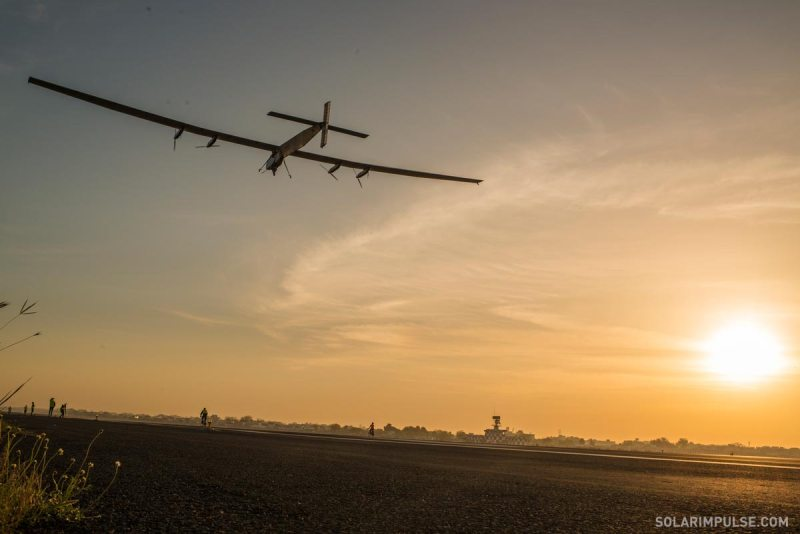 SI2-fly-away