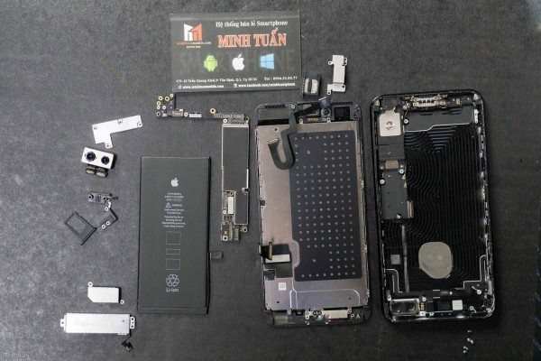 2675mAh容量電池:iPhone 7 Plus拆解影片