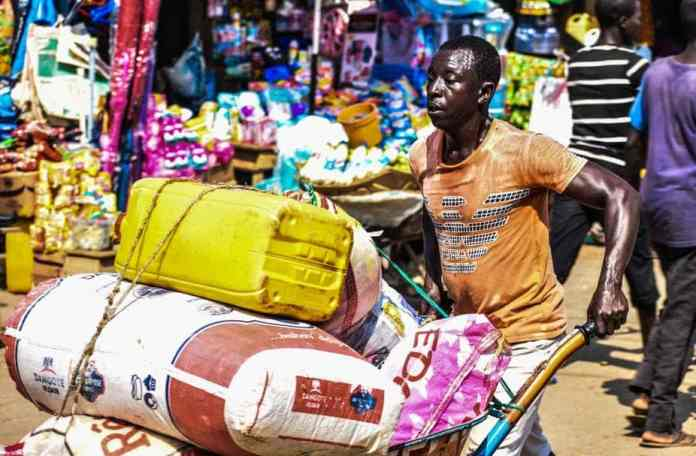 Freight micro-entrepreneur in Lago