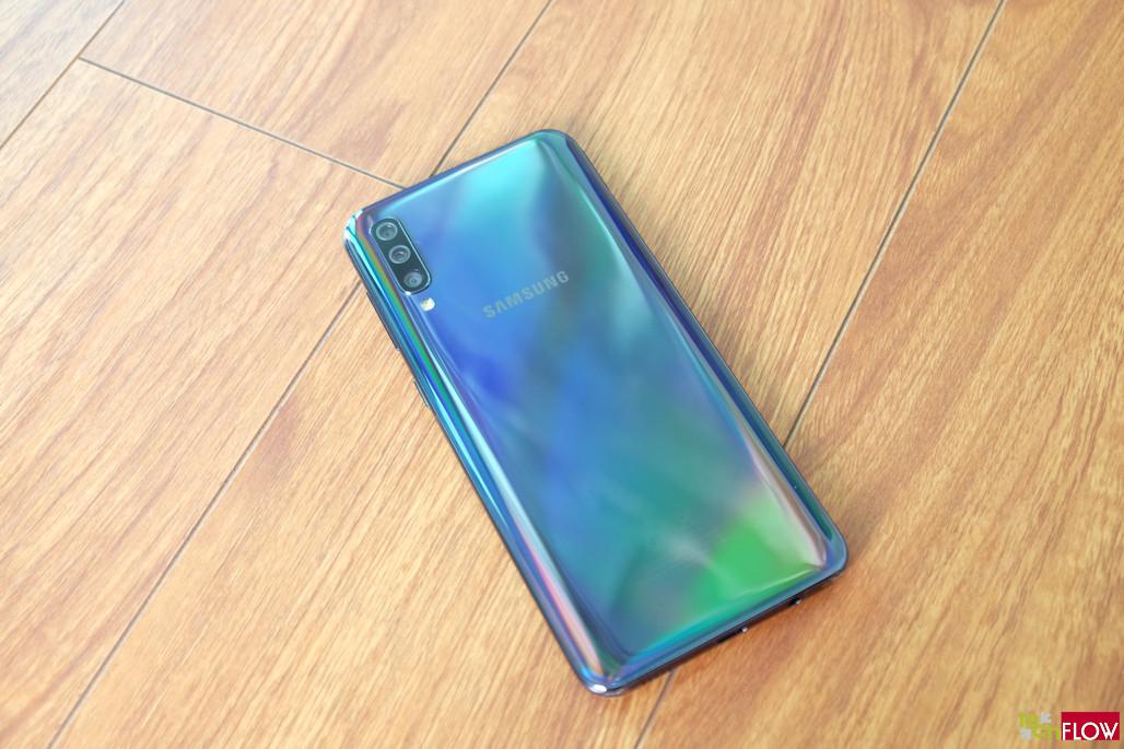 Samsung-Galaxy-A50-016