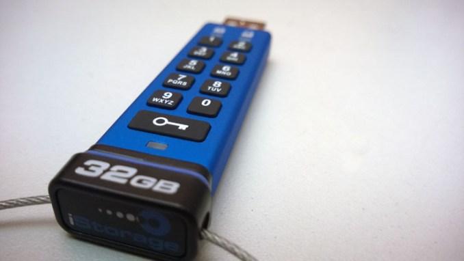 Kingston DataTraveler 2000 protegge i dati in mobilità